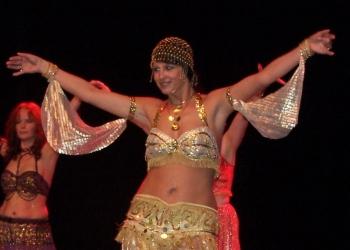 Festival De Danses Orientales En 2006 Organisé Par Le Centre Culturel Arabe De Liège 46